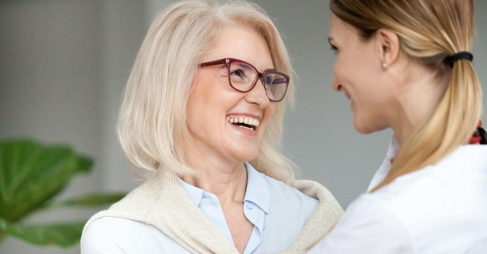 ¿Cuándo usar implantes dentales?